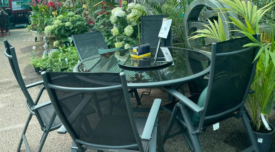 Outdoor living at Bumbles, July 2021